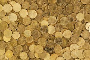 Taloyhtiön hallitus voi saada palkkiona konkreettisia euroja tai pelkästään lämpimän aterian.