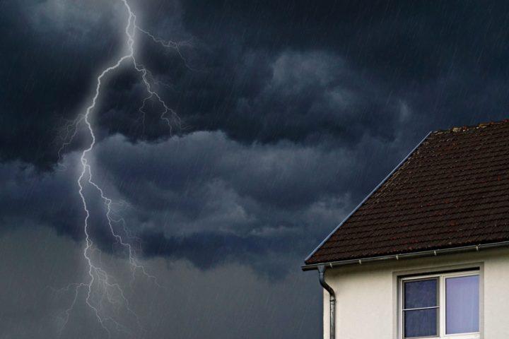 Ilmastonmuutos uhkaa myös asumista. Näin taloyhtiöissä kannattaa varautua.