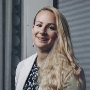 Isännöintiliiton lakiasiantuntija Jenni Lauhia